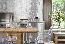 Kitchen: Modern wood / Inspiration for your kitchen showing what happens when you mix wood and modern design.