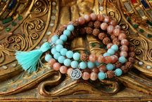 Rising Mala / Welcome to Rising Mala ! It's your online store for full malas, wrist malas and bracelets. Come and find me on my etsy store  https://www.etsy.com/shop/Risingmala