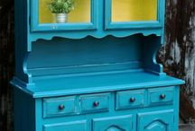 China Hutch Makeovers