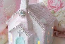 Gorgeous Glitter Houses / by Debbie Howard