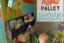 Pallet Book Shelves Kids