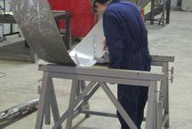 Herrería / Fotografías del mundo de la herrería: escaleras, barandillas, yunques, maquinaria, acero, aluminio, hierro, puertas metálicas...