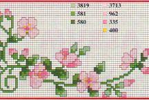 FIORI PUNTO CROCE / Schemi e lavori di fiori a punto croce