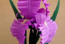 Цветы из креп-бумаги