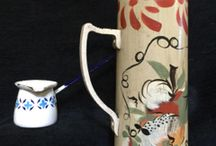 JEAN DEWEY FOLK ART / I collect Jean Dewey tole painted country smalls. I love her loose decorative style and little details...many of her pieces have calico bottoms !