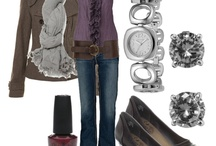 Outfits / by Kristi Maria