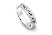 Men's Platinum Wedding Bands / Grooms-to-be will love the durability, substantial weight, and years of daily wear these platinum wedding band provide.