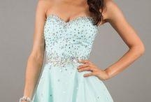 Dresses / by Brenda Costanzo