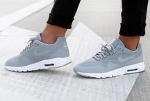 shoes / sneakers or slippers or heels