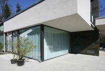 Moderne Häuser Satteldach / Moderne Interpretationen von Häusern mit Satteldach. Exklusive Architektur und Linienführung.