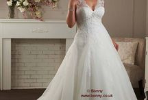 Plus Size Wedding Dresses / Plus Size Wedding Dresses / Gowns in the UK.