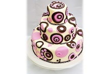 beautiful cake pictures / by Michelle Tsou