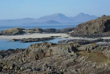 Beaches in Wild Lochaber / Lochaber has some great beaches; silvery sands, seculded bays, famous film locations, wildlife havens and stunning landscapes. These wonderful beaches are here for you to discover yourself...