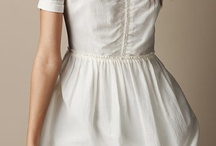 White dress / Simple but edgy!