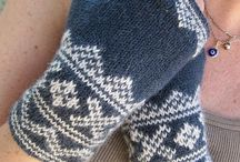 HANDCRAFT - Fingerless mittens