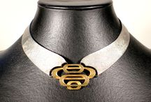 Rigid collier