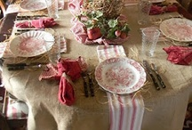 Tablescapes / A variety of place settings and design.