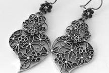 Quilled Jewelry....and more / Inspiration for quilled jewelry.   I claim no rights to images on this board unless stated.