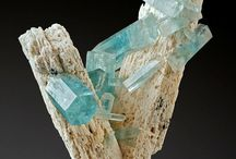Mangificent Minerals / A collection of rocks and minerals which are strikingly beautiful. In the future I will post some of the specimens I have found out fossicking / prospecting.