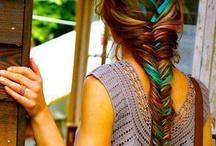 hair+makeup / by Kelly Owens