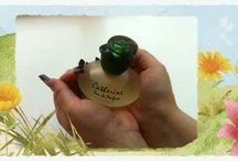 женщин парфюмерия Видео / женщин парфюмерия - Популярные настоящие духи и парфюмерия. Предлагаем широкий ассортимент ароматов всех ценовых категорий в Украине.