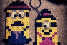 Minions Hama Beads / Despicable Me, cute minions. Gru and his family. Hama Beads patterns.