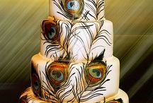 I'm fascinated by cakes! / by Jessica Massie