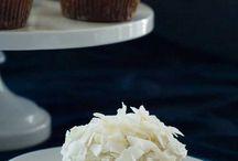 GF Baking / Gluten free food / by Carrie Iafrate - Lamothe