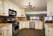 Kitchen Renovation / Incredible Images of a remodeled Kitchen done by OZ General Contracting Co Inc.