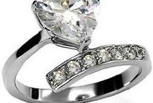 Jewelry I like / by Roshelle Lowe