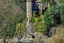 châteaux  et monuents haute loire