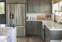 Kitchens in grey