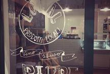 Local / Local food shop in Rome Via di Monserrato 11