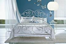 LITS EN FORGE / Une grande collection de lits en fer forgé pour la décoration de votre chambre à coucher dans tous les styles