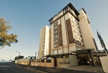 Premier Hotel Cape Manor / Premier Hotel Cape Manor is located in Sea Point, Cape Town. It is in close proximity to the Cape Town CBD and many exciting tourism attractions.
