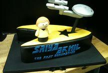 Star Trek cakes, cookies and cupcakes..