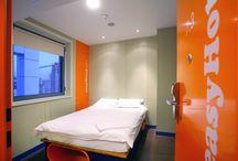 ЕasyHotel Sofia / ЕasyHotel Sofia е първият хотел в България, който е представител на една от най-предпочитаните нискотарифни вериги easyHotel.com.