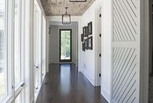 White wash ceiling / Exposed boards