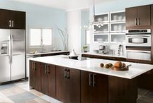 Thomasville Cabinetry / Beautiful, quality cabinets that can transform your entire home—kitchen cabinets, bathroom cabinets, home office cabinets, home entertainment cabinets, laundry, game room, any room of your home.