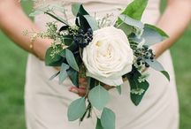 WEDDING NOSEGAYS / Perfect as bridesmaid or flower girl bouquets.