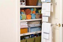 Linen Closet Organization / Home Linen Closet Organization Tips, Tricks & Solutions