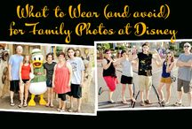 What to Wear for Disney Photos / What to wear and how to dress your family for great looking family and group photos at Disneyland and Disney World