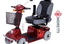 Scooter Electric pentru Persoane cu Handicap / Libertatea de miscare da mai multa independenta persoanei cu dizabilitati, o apropie de activitati culturale, sociale, educatie, crescand confortul si calitatea vietii acestuia.