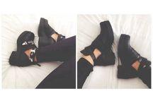 Shoes / Woman's shoes