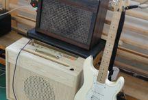 Guitars and tube amps from Hungary / Hálás köszönet Lőrinc Attilának a Proton erősítők megalkotójának és gyártójának, a rendezvényhez!! Mosonszentmiklós egy szombat erejéig a világ gitárvilágának központjává lépett elő!!!!!! Köszönettel Udy