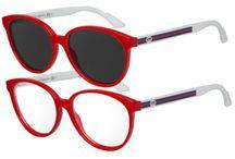 Un stil retro Transitions  / Lentilele pentru ochelari denumite Transitions sunt acele lentile aeriene fotocromatice recunoscute în întreaga lume pentru confortul pe care îl oferă ochilor și pentru designul sublim, considerate a fi realizate la cele mai înalte standarde și recunoscute în orice țară din lume pentru aceasta!