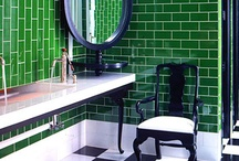 Bathrooms / by Katerina Mo