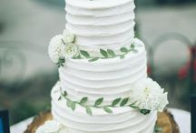 Wedding Cakes + Desserts / Get inspired by delicious looking cakes and desserts!