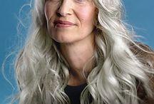 Hair / by Leslie Cooper