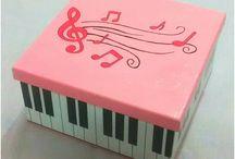 caixas músicas